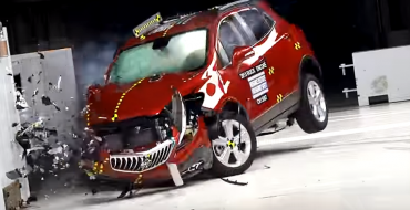 IIHS Updates Crash Tests for Better Passenger-Side Protection