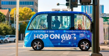 Self-Driving Shuttle Bus Avoids Serious Collision With Auto-Stop Technology
