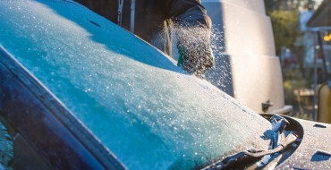 De-Icing Your Car by Letting It Idle Will Earn You a Fine in the UK
