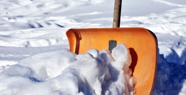 Snow Shoveling Tips for Clearing Your Driveway