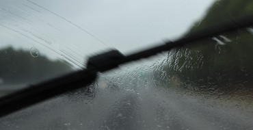 5 Signs You Need New Windshield Wipers