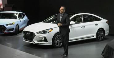 2018 Hyundai Sonata Hybrid Makes Friends at the 2018 Chicago Auto Show