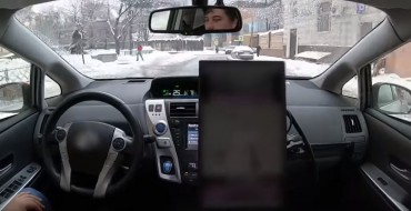 Yandex's Self-Driving Car Deftly Handles Snowy Conditions in Moscow