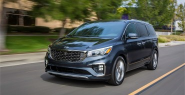 2019 Updates Look Good on Kia Sedona and Optima at New York International Auto Show