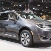 2018 Chrysler Pacifica Hybrid Wins Spot on Most High-Tech Features for the Money List