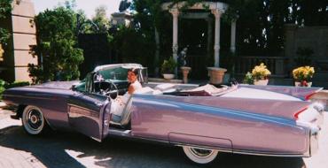 4 Celebrities Who Drive Cadillacs
