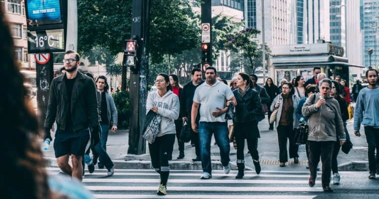 Texting and Walking Puts Pedestrians at Risk