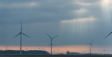 GM Finalizes Plans to Power Ohio and Indiana Plants with Energy from New Wind Farms