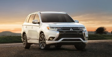 "2018 Mitsubishi Outlander PHEV Takes Home the Title for ""Best Green Winter Vehicle"""