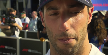 Daniel Ricciardo Leaves Red Bull & Signs With Renault F1