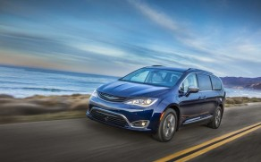I Want a Chrysler Pacifica Hybrid, Please