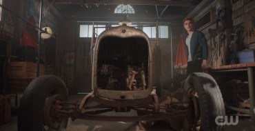 Did You Catch Archie's Jalopy in the 'Riverdale' Season 3 Trailer?