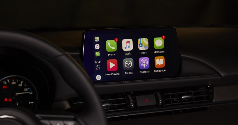Mazda Offers Retrofits for Apple CarPlay, Android Auto