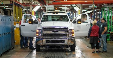 [PHOTOS] Chevy Silverado Medium-Duty Trucks Roll Off Assembly Line