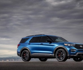 How's the 2020 Ford Explorer ST Doing in Canada?