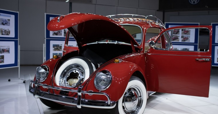 Home for the Holidays: Owner Reunited with Restored Classic VW Beetle