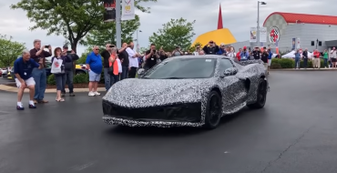 [Video] Next-Generation Chevy Corvette C8 Makes a Surprise Appearance at the National Corvette Museum Bash