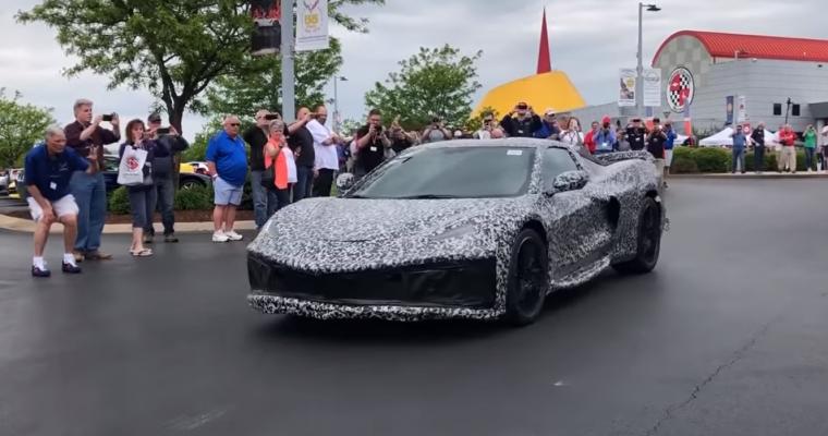 [Video] Next-Generation Chevy Corvette C8 Makes a Surprise Appearance at the National Corvette Museum Bash