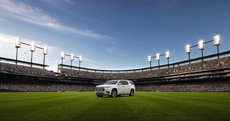 2019 Chevy Traverse: One of Edmunds' Top Picks for Athletic Families