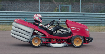 Honda Lawn Mower Is Officially Fastest in the World, Again