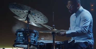 DJ Creates Song with Alert Tones in the 2020 Lincoln Aviator