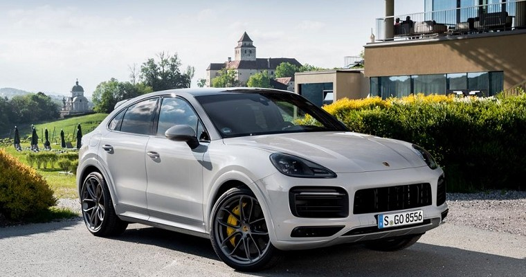 Porsche Deliveries Up 2 Percent in First Half of 2019, Macan Still Leading