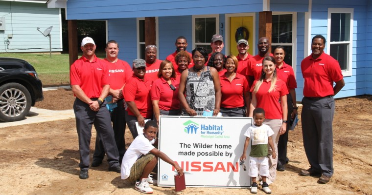 Nissan Canton Employees Partner with Habitat for Humanity to Help Mississippi Family