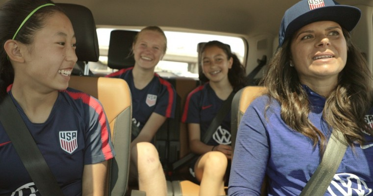 Soccer Legend Mia Hamm Made a Surprise Appearance at a Girls' Soccer Team Practice