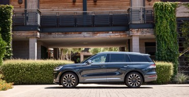Lincoln Wins a Pair of Awards at 2020 Chicago Auto Show