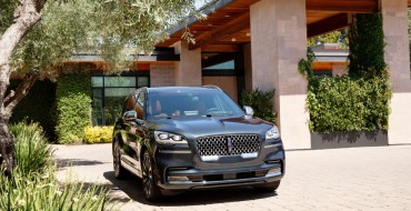 Lincoln Aviator Shows off in Toronto in New Video