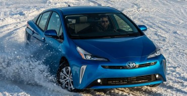New Toyota Prius Finally Offers Apple CarPlay