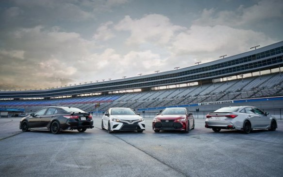 Toyota Releases Sporty Camry and Avalon TRD Models