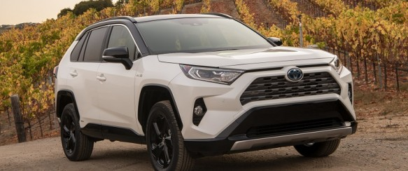Toyota Canada Reports Record Electrified Vehicle Sales
