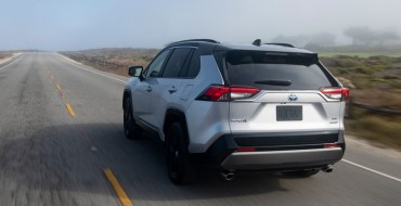 Toyota RAV4 Earns Hispanic Press Award