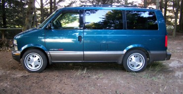 #VanLife Crew Wants Chevy to Bring Back the Astro