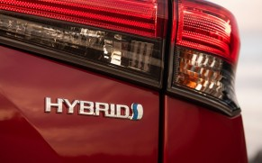 Longest-Lasting Hybrid Cars Are Made by Toyota