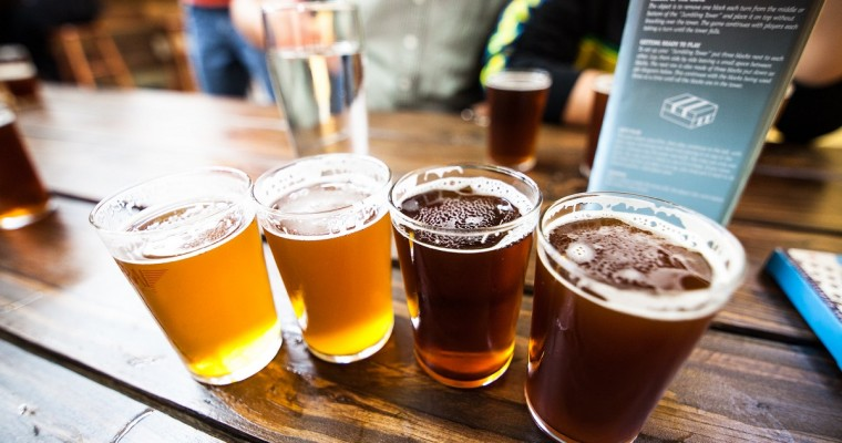 """Don't Miss """"Friday Night Flights"""" Craft Beer Sampling at the Chicago Auto Show"""