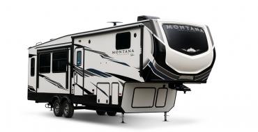 2021 Keystone Montana RV Gets Standard Solar Prep