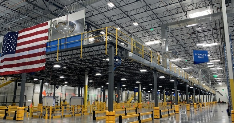 Toyota Opens New Distribution Center in Phoenix