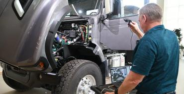 Volvo Trucks Offers Virtual Walk-Around for Customers