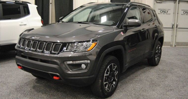 2020 Cherokee Named to Cars.com Best New Cars for Car Seats List