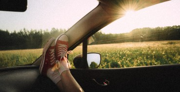 3 Reasons You Should Never Put Your Feet on the Dashboard