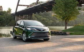 2021 Family Green Car of the Year is the Toyota Sienna