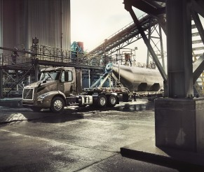 Volvo Ready to Deploy New Electric Semi-Truck
