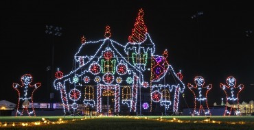 4 Drive-Thru Holiday Light Displays in Texas