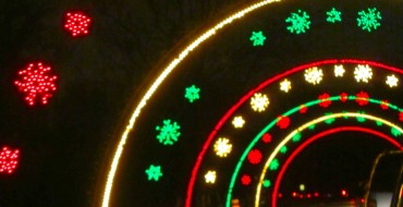 3 Drive-Thru Holiday Light Displays in Maine