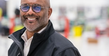 GM's Gerald Johnson Wins Black Engineer of the Year Award
