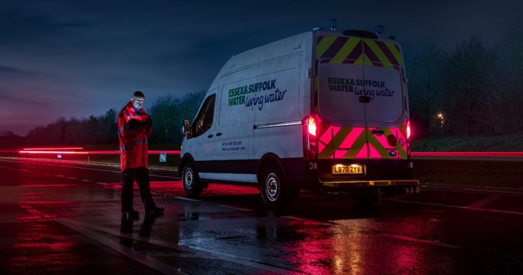 Ford Offering Illuminated High Visibility Panels for Vans
