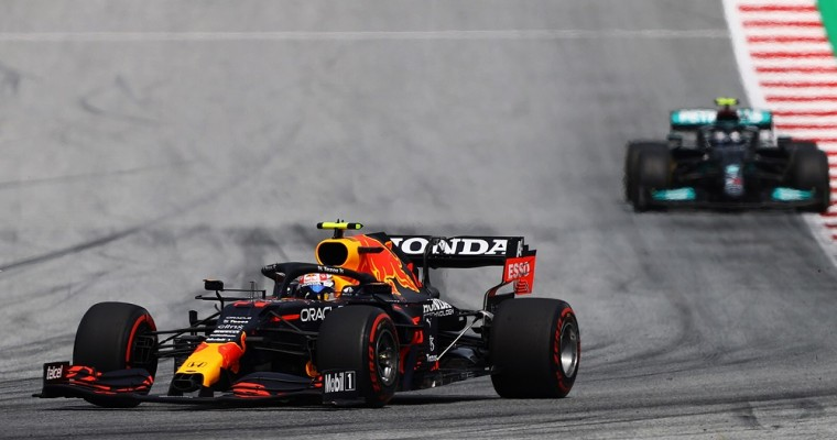 Red Bull Racing Honda Celebrates Four F1 Wins in a Row