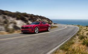 Chevy Camaro, Corvette Rank in Best Convertibles of 2021 List